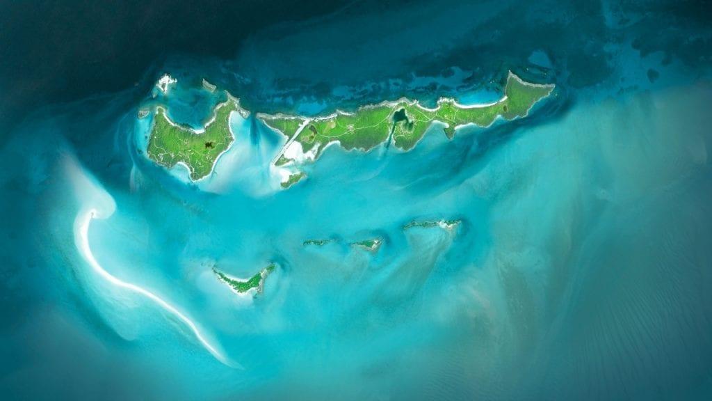 Vue des 11 iles privees situees dans les Exumas Voyage de luxe
