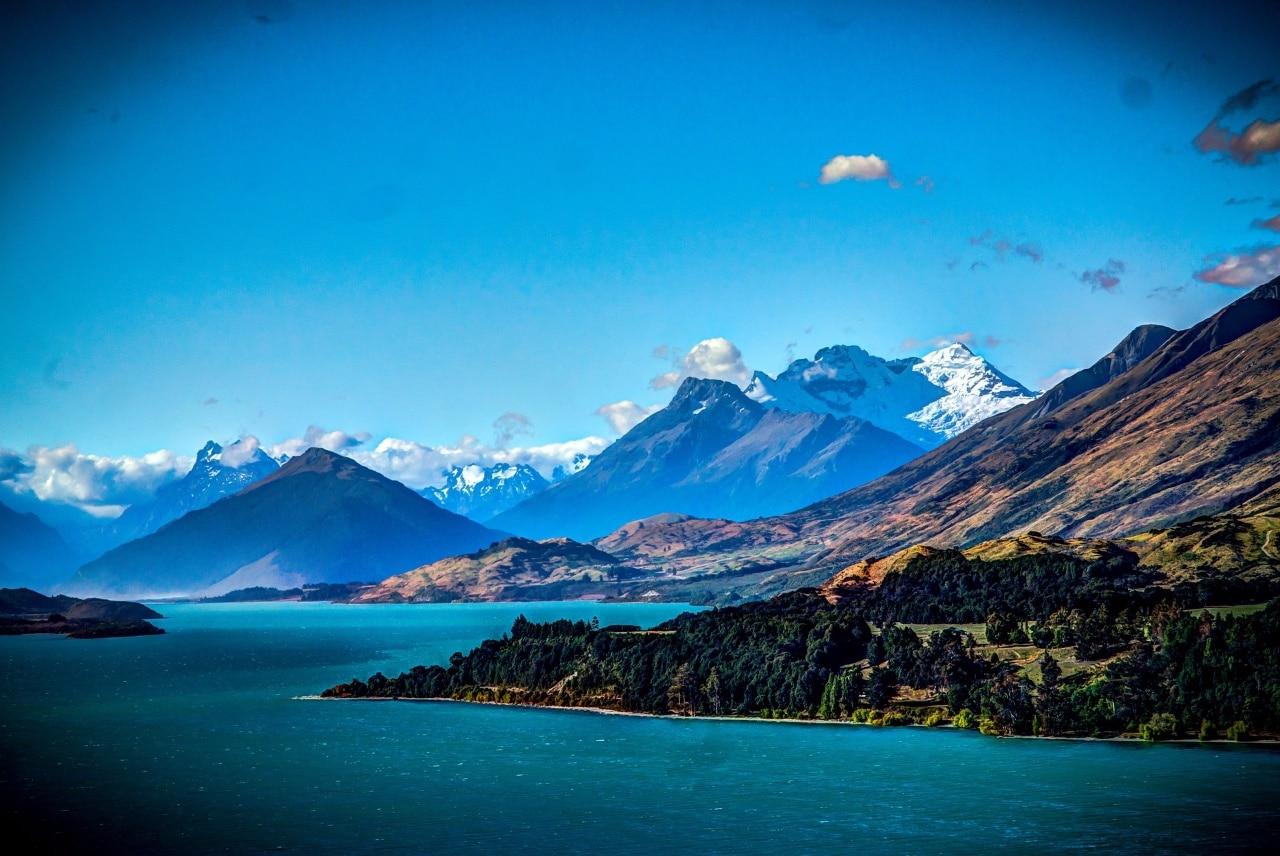 Vue magnifique de la Nouvelle Zélande pendant voyage sur mesure
