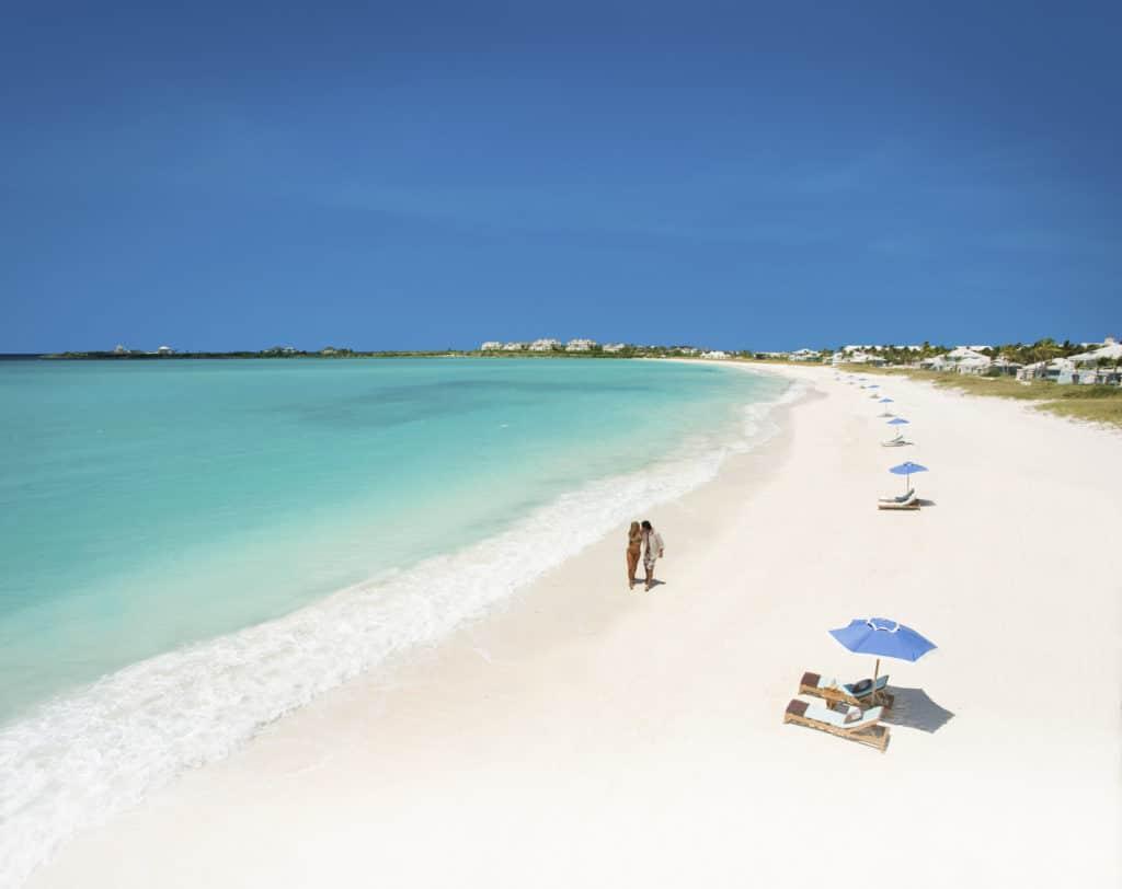 voyage de luxe bahamas - hotel sandals emerald bay