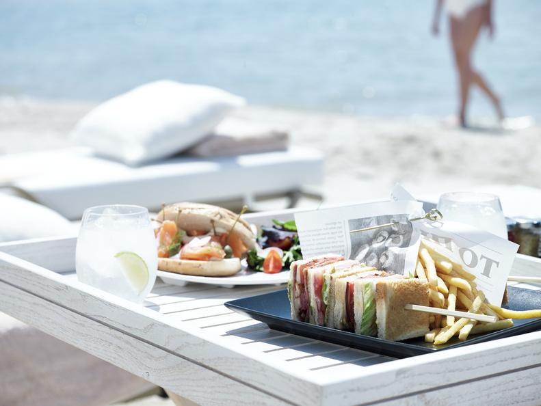 Hotel Sani Resort Restaurant