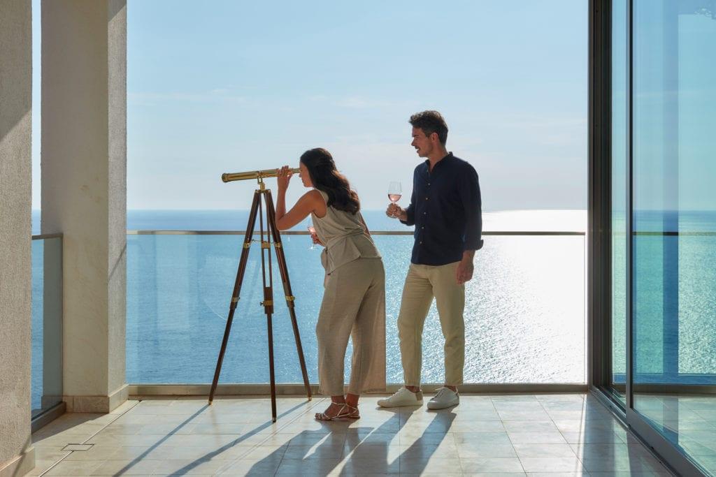 Jumeirah-Port-Soller-Observatory-Suite-Couple