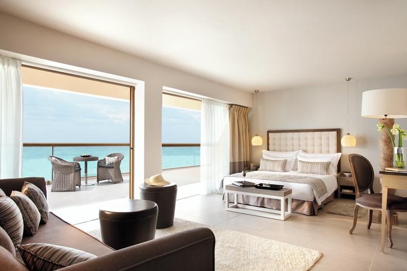 Sani-Beach-Hotel-Sani-Resort-Chambre-Vur-Mer