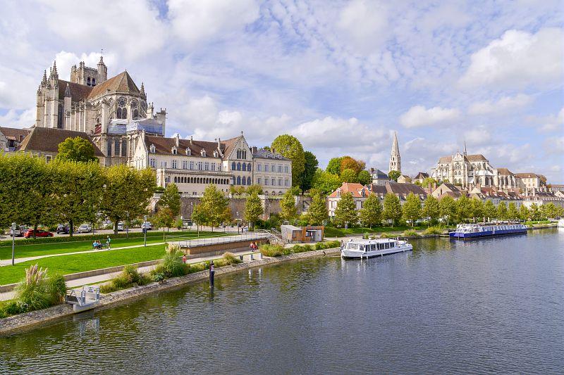 Croisière fluviale Canal de Bourgogne