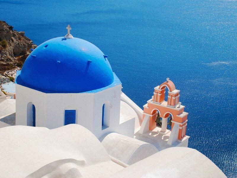 Les toits bleues de Mykonos - voyage de luxe